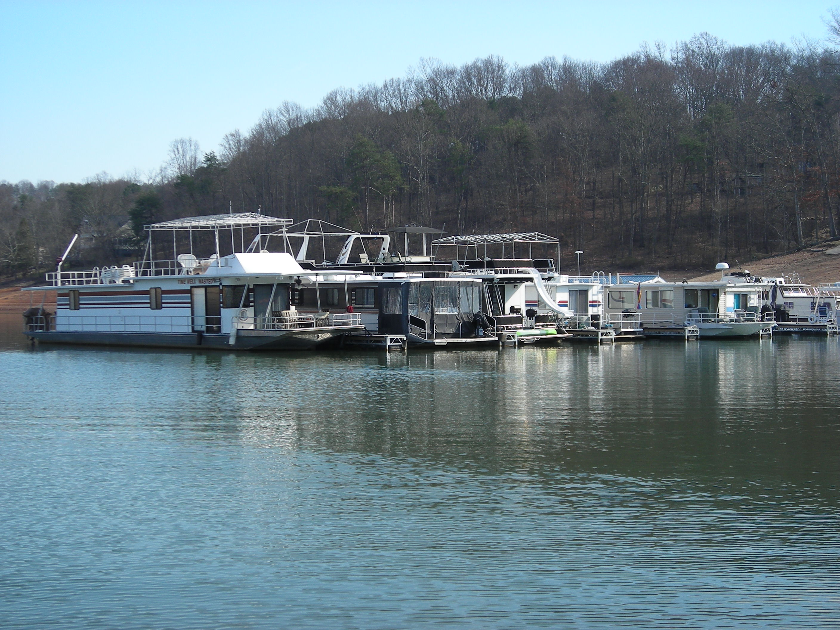 Houseboat Slips